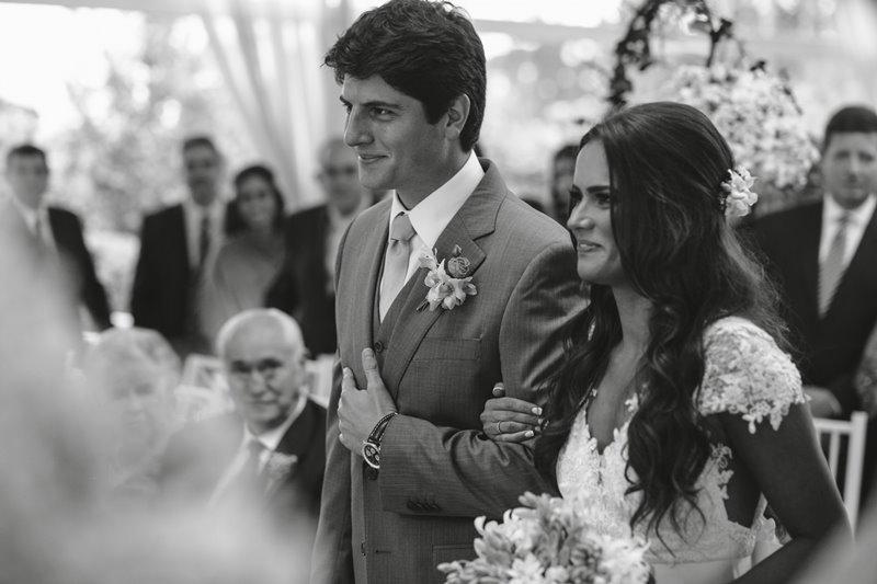 casamento-rustico-chique-cerimonia-paula-e-igor-foto-meliess-fotografia