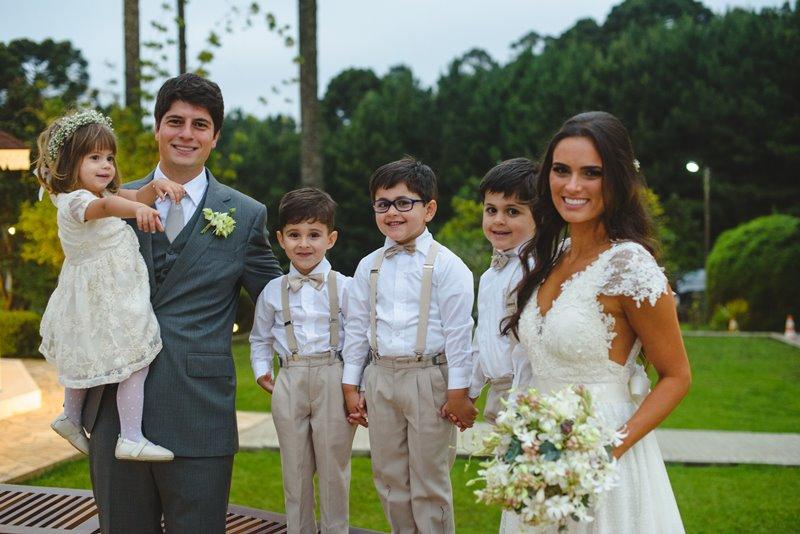 casamento-rustico-chique-dama-e-pajens-paula-e-igor-foto-meliess-fotografia