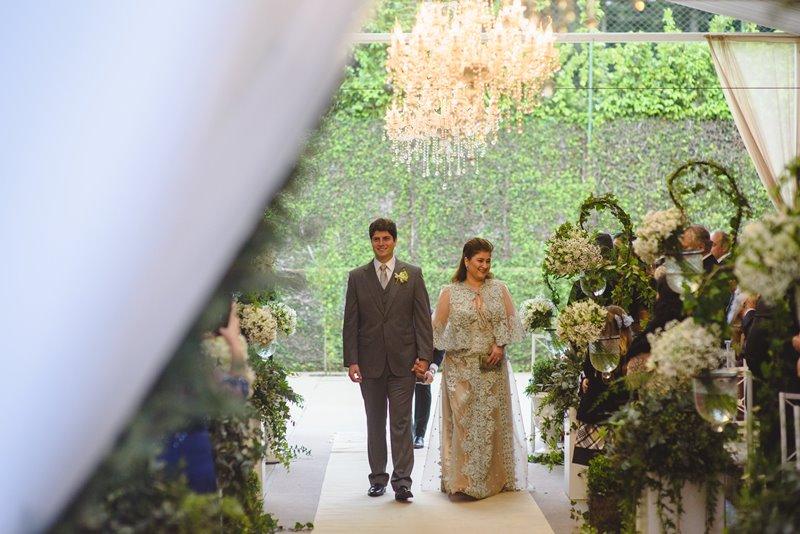 casamento-rustico-chique-entrada-do-noivo-paula-e-igor-foto-meliess-fotografia
