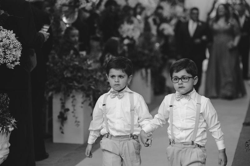 casamento-rustico-chique-pajem-paula-e-igor-foto-meliess-fotografia